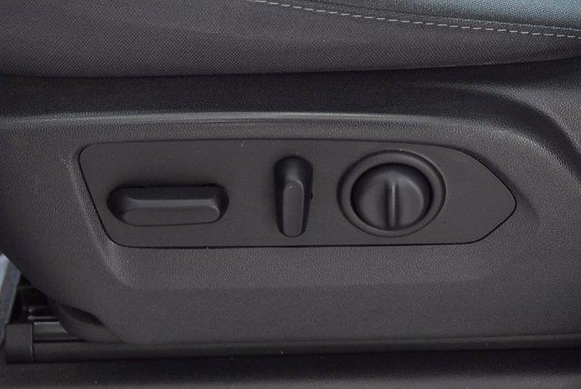 2019 Chevrolet Silverado 1500 Double Cab 4x4, Pickup #M10946A - photo 12