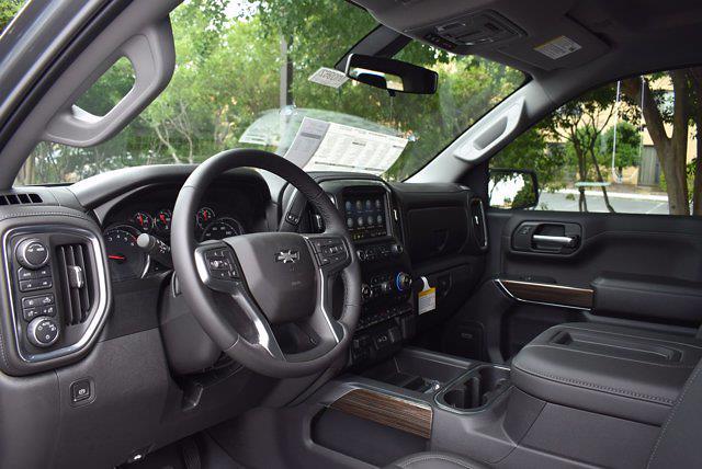 2021 Chevrolet Silverado 1500 Crew Cab 4x4, Pickup #M10962 - photo 10