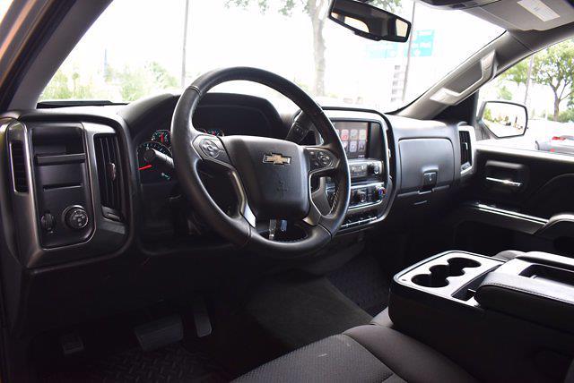 2017 Chevrolet Silverado 1500 Crew Cab 4x2, Pickup #M10973A - photo 13