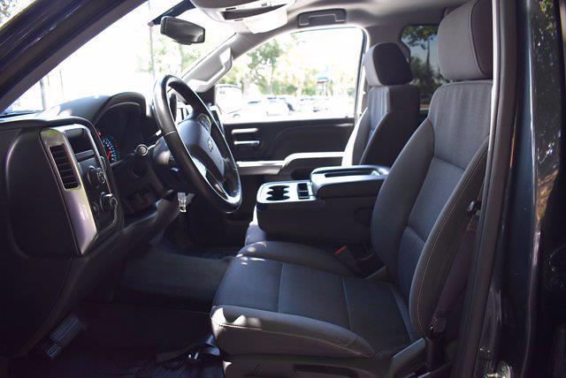 2017 Chevrolet Silverado 1500 Crew Cab 4x4, Pickup #M11004A - photo 11