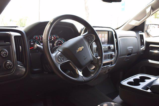 2017 Chevrolet Silverado 1500 Crew Cab 4x4, Pickup #M11004A - photo 13