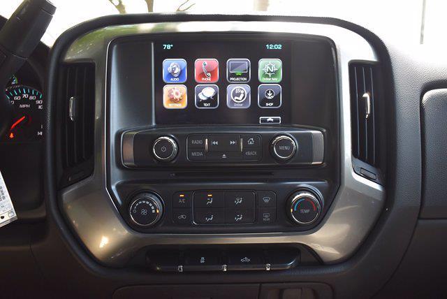 2017 Chevrolet Silverado 1500 Crew Cab 4x4, Pickup #M11004A - photo 21