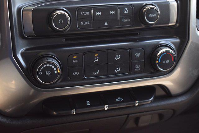 2017 Chevrolet Silverado 1500 Crew Cab 4x4, Pickup #M11004A - photo 24