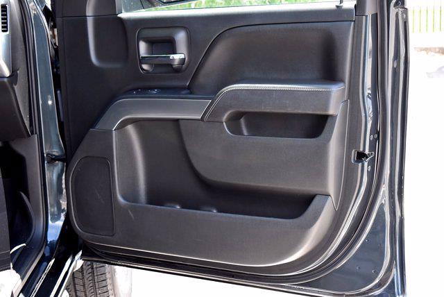 2017 Chevrolet Silverado 1500 Crew Cab 4x4, Pickup #M11004A - photo 28