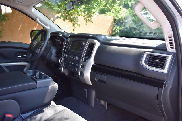 2019 Nissan Titan Crew Cab 4x4, Pickup #M11009A - photo 26