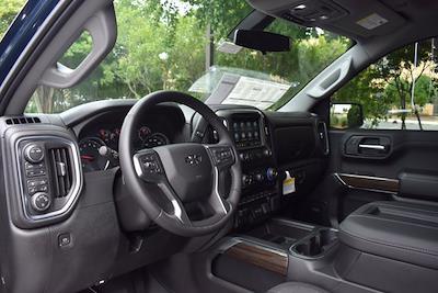 2021 Chevrolet Silverado 1500 Crew Cab 4x4, Pickup #M11018 - photo 11