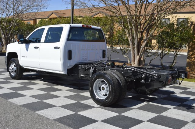 2017 Silverado 3500 Crew Cab 4x4, Cab Chassis #MS1757 - photo 5