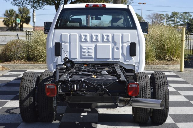 2017 Silverado 3500 Crew Cab 4x4, Cab Chassis #MS1757 - photo 6