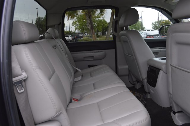 2010 Silverado 1500 Crew Cab, Pickup #P24484A - photo 24