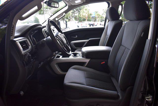 2018 Nissan Titan Crew Cab 4x4, Pickup #PS29698 - photo 11