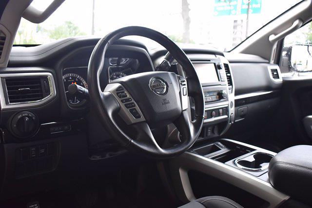 2018 Nissan Titan Crew Cab 4x4, Pickup #PS29698 - photo 13