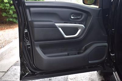2018 Nissan Titan Crew Cab 4x4, Pickup #PS29698 - photo 9