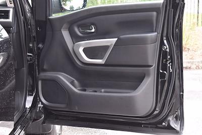 2018 Nissan Titan Crew Cab 4x4, Pickup #PS29698 - photo 28