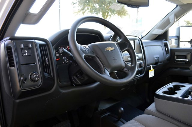 2016 Silverado 2500 Crew Cab 4x4, Pickup #R2723 - photo 10