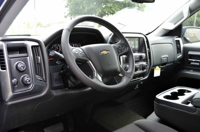 2017 Silverado 1500 Crew Cab 4x4, Pickup #S1089 - photo 10