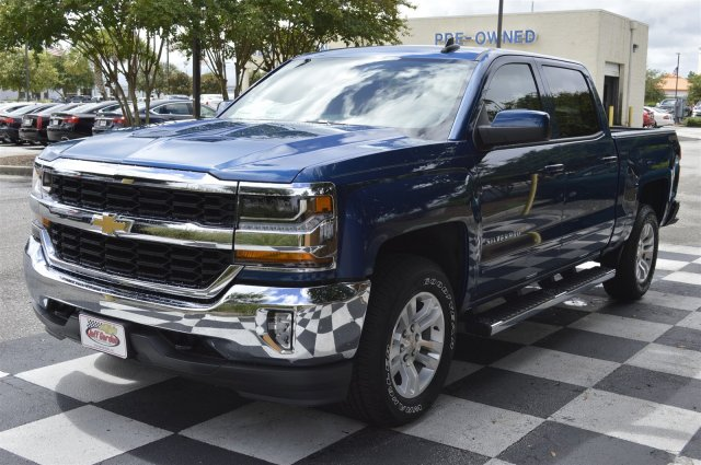 2017 Silverado 1500 Crew Cab 4x4, Pickup #S1089 - photo 3