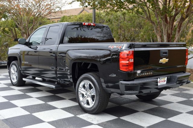 2017 Silverado 1500 Double Cab 4x4, Pickup #S1458 - photo 5