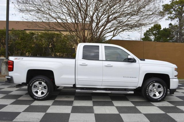 2017 Silverado 1500 Double Cab 4x4, Pickup #S1620 - photo 8