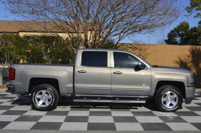 2017 Silverado 1500 Crew Cab 4x4, Pickup #S1643 - photo 8