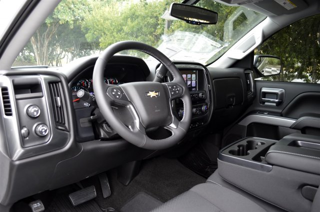 2017 Silverado 1500 Crew Cab 4x4, Pickup #S1676 - photo 10