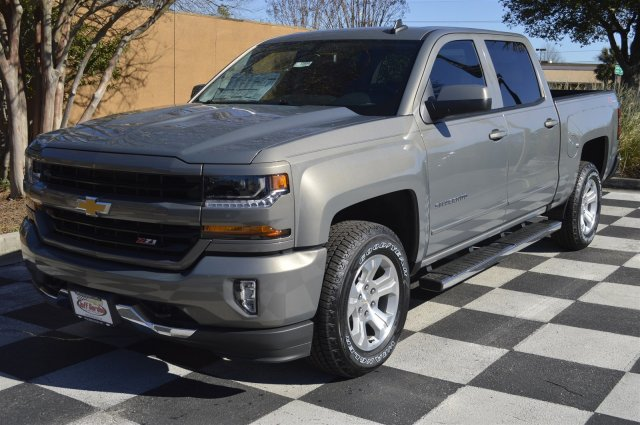 2017 Silverado 1500 Crew Cab 4x4, Pickup #S1684 - photo 3