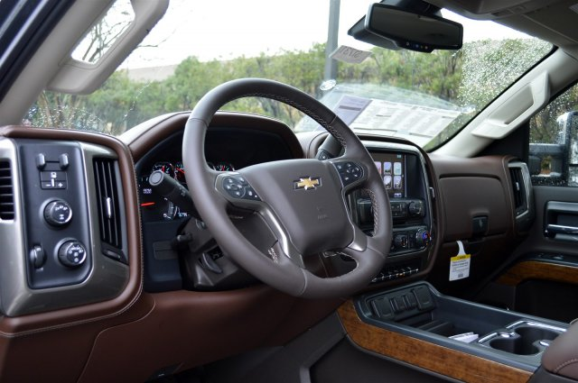 2017 Silverado 3500 Crew Cab 4x4, Pickup #S1731 - photo 10
