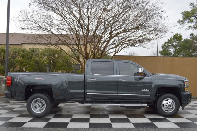 2017 Silverado 3500 Crew Cab 4x4, Pickup #S1731 - photo 8
