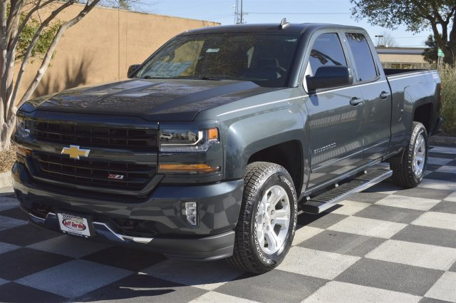 2017 Silverado 1500 Double Cab 4x4, Pickup #S1758 - photo 3