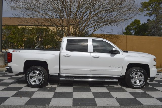 2017 Silverado 1500 Crew Cab 4x4, Pickup #S1779 - photo 8