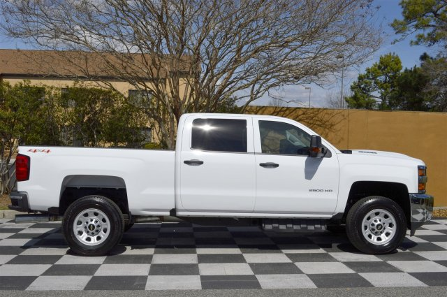 2017 Silverado 2500 Crew Cab 4x4, Pickup #S1847 - photo 8