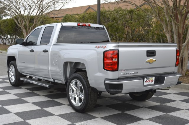 2017 Silverado 1500 Double Cab 4x4, Pickup #S1859 - photo 5
