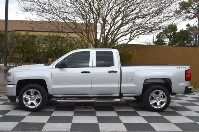 2017 Silverado 1500 Double Cab 4x4, Pickup #S1859 - photo 7