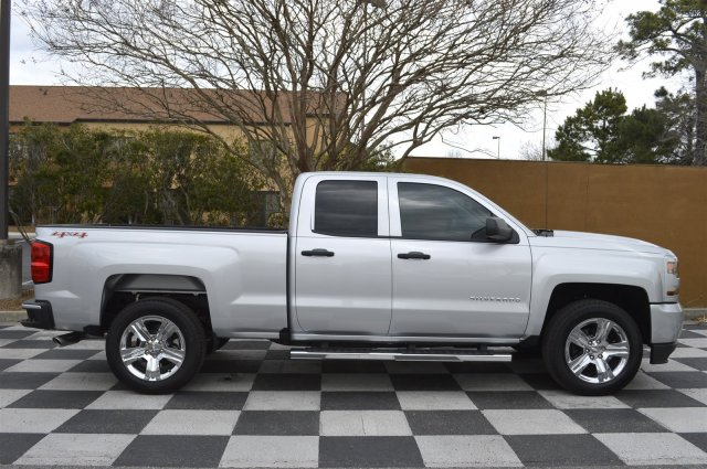 2017 Silverado 1500 Double Cab 4x4, Pickup #S1859 - photo 8
