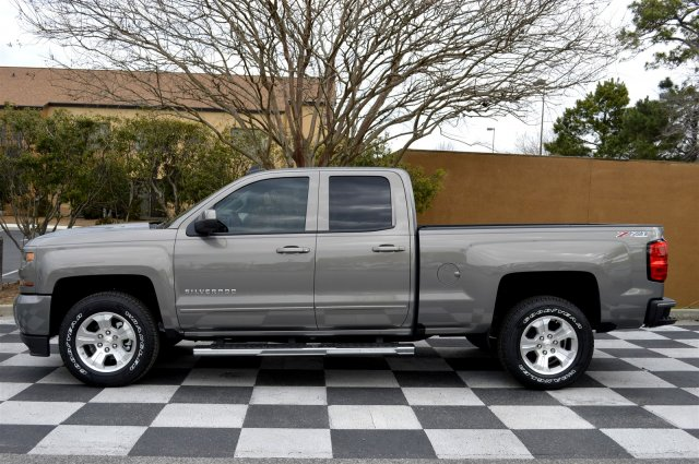 2017 Silverado 1500 Double Cab 4x4, Pickup #S1860 - photo 7