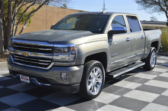 2017 Silverado 1500 Crew Cab 4x4, Pickup #S1890 - photo 3