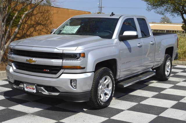 2017 Silverado 1500 Double Cab 4x4, Pickup #S1896 - photo 3