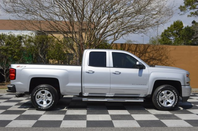 2017 Silverado 1500 Double Cab 4x4, Pickup #S1896 - photo 8