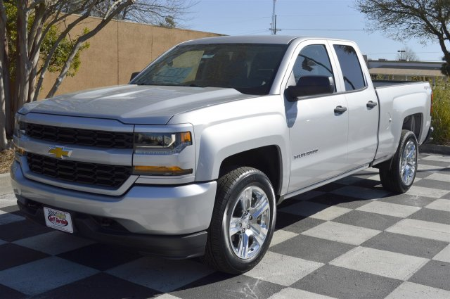 2017 Silverado 1500 Double Cab 4x4, Pickup #S1933 - photo 3