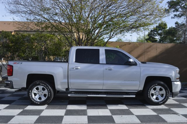 2017 Silverado 1500 Crew Cab 4x4, Pickup #S2049 - photo 8