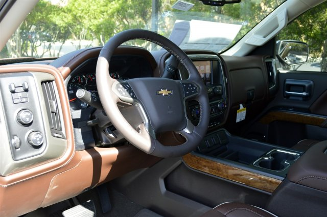 2017 Silverado 1500 Crew Cab 4x4, Pickup #S2095 - photo 10