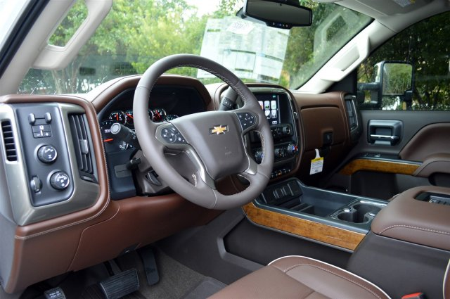 2017 Silverado 3500 Crew Cab 4x4, Pickup #S2402 - photo 10