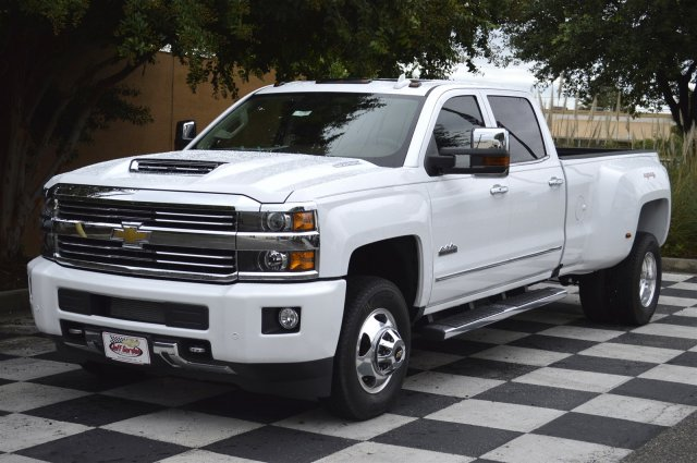 2017 Silverado 3500 Crew Cab 4x4, Pickup #S2402 - photo 3