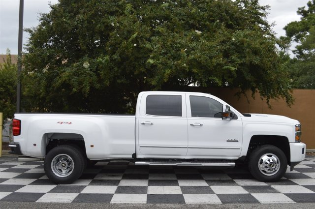 2017 Silverado 3500 Crew Cab 4x4, Pickup #S2402 - photo 8