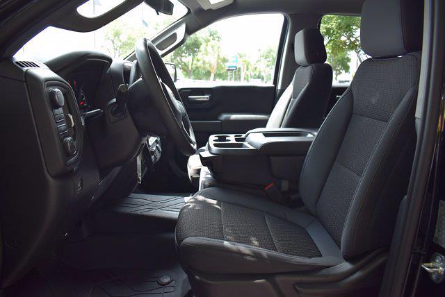2019 Chevrolet Silverado 1500 Crew Cab 4x4, Pickup #SA29632 - photo 12
