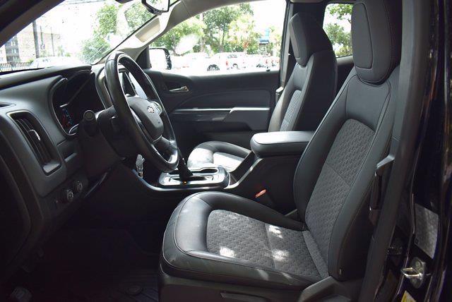 2017 Chevrolet Colorado Double Cab 4x4, Pickup #SA29674 - photo 10