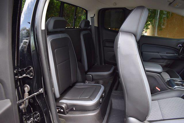 2017 Chevrolet Colorado Double Cab 4x4, Pickup #SA29674 - photo 29