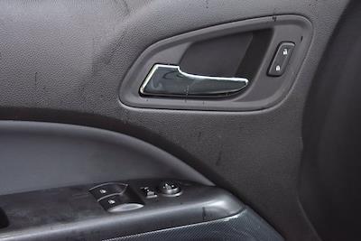 2017 Chevrolet Colorado Double Cab 4x4, Pickup #SA29674 - photo 9
