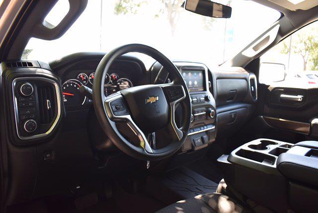 2020 Chevrolet Silverado 1500 Crew Cab 4x4, Pickup #SA29680 - photo 14