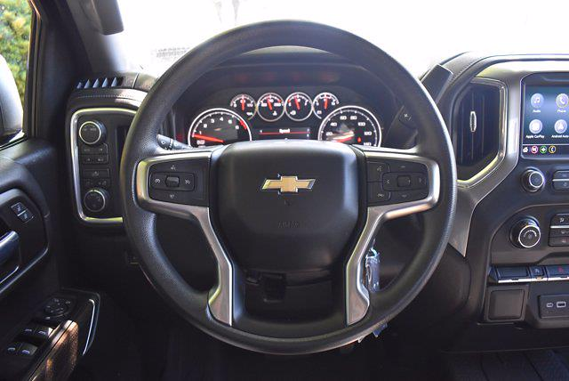 2020 Chevrolet Silverado 1500 Crew Cab 4x4, Pickup #SA29680 - photo 15