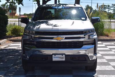 2020 Chevrolet Silverado 1500 Crew Cab 4x4, Pickup #SA29680 - photo 5